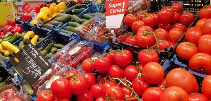 W czasie pandemii potaniały warzywa i owoce. Cebula, buraki, cytryny i gruszki liderami spadków