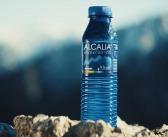 Góry, morze czy Mazury? Bez względu na to, jak spędzasz urlop, taką wodę musisz mieć pod ręką!